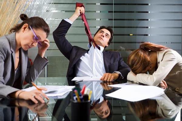 Переработка сотрудников в офисе